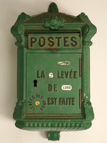 french_postbox