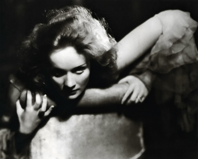 Photo of Marlene Dietrich in 1930 - taken by Eugene Robert Richee.