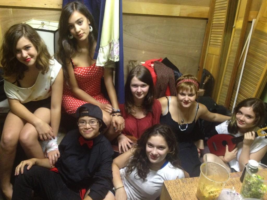 Ukulele Goddesses backstage.