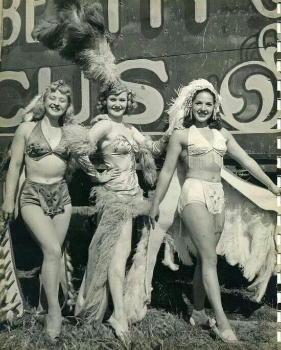 vintage-burlesque.jpg