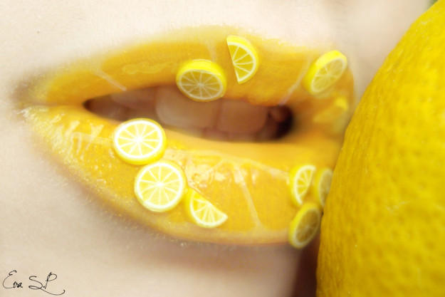 lemon_juice__lemon_lip_art__by_chuchy5-d5lorz2